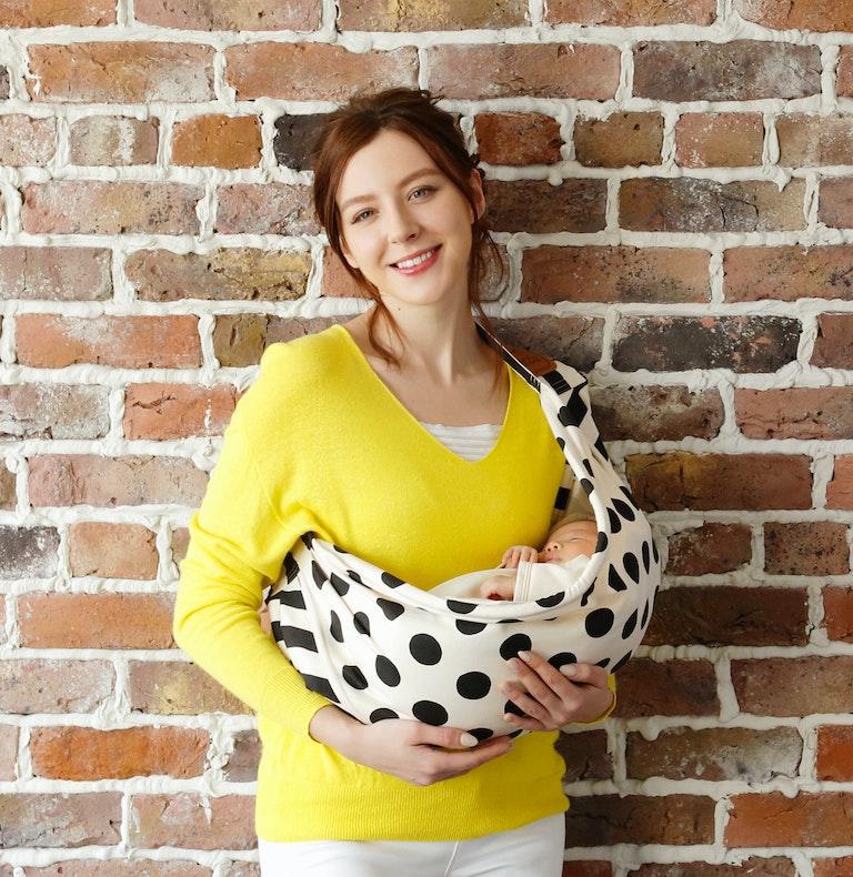 新生児から11.3kgまで使えるbettaのスリング、キャリーミー ! プラスが「 ベッタ キャリーミー !  」。愛される日本製のスリング。